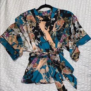 Guess kimono!